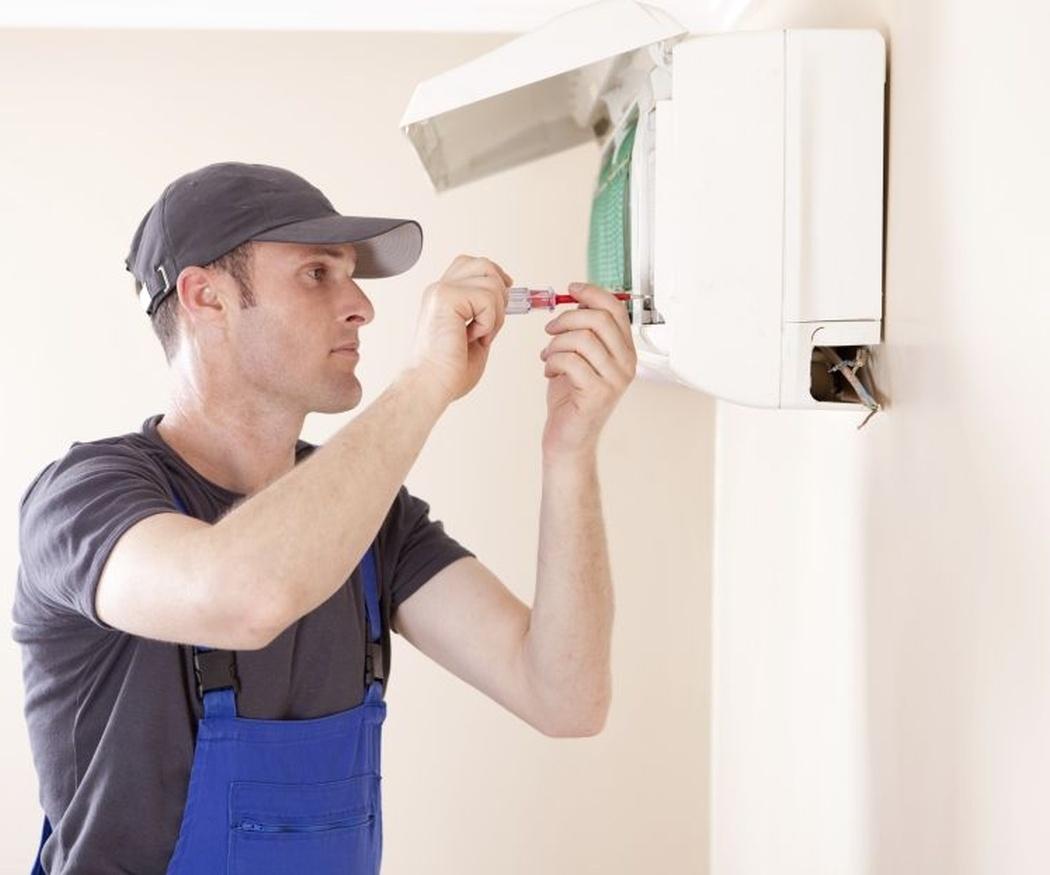 ¿Cuál es el mantenimiento obligatorio del aire acondicionado?