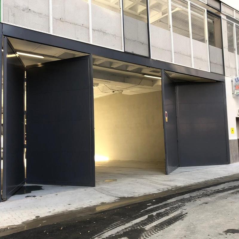 Puertas metalicas: Nuestros servicios de Cerrajería Inox Las Salinas