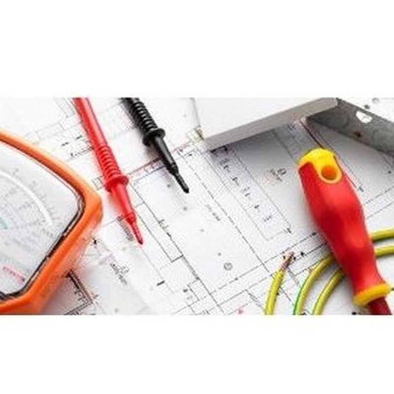 Trabajos de albañilería y electricidad: Productos y servicios de Reformas Rigar Redecor