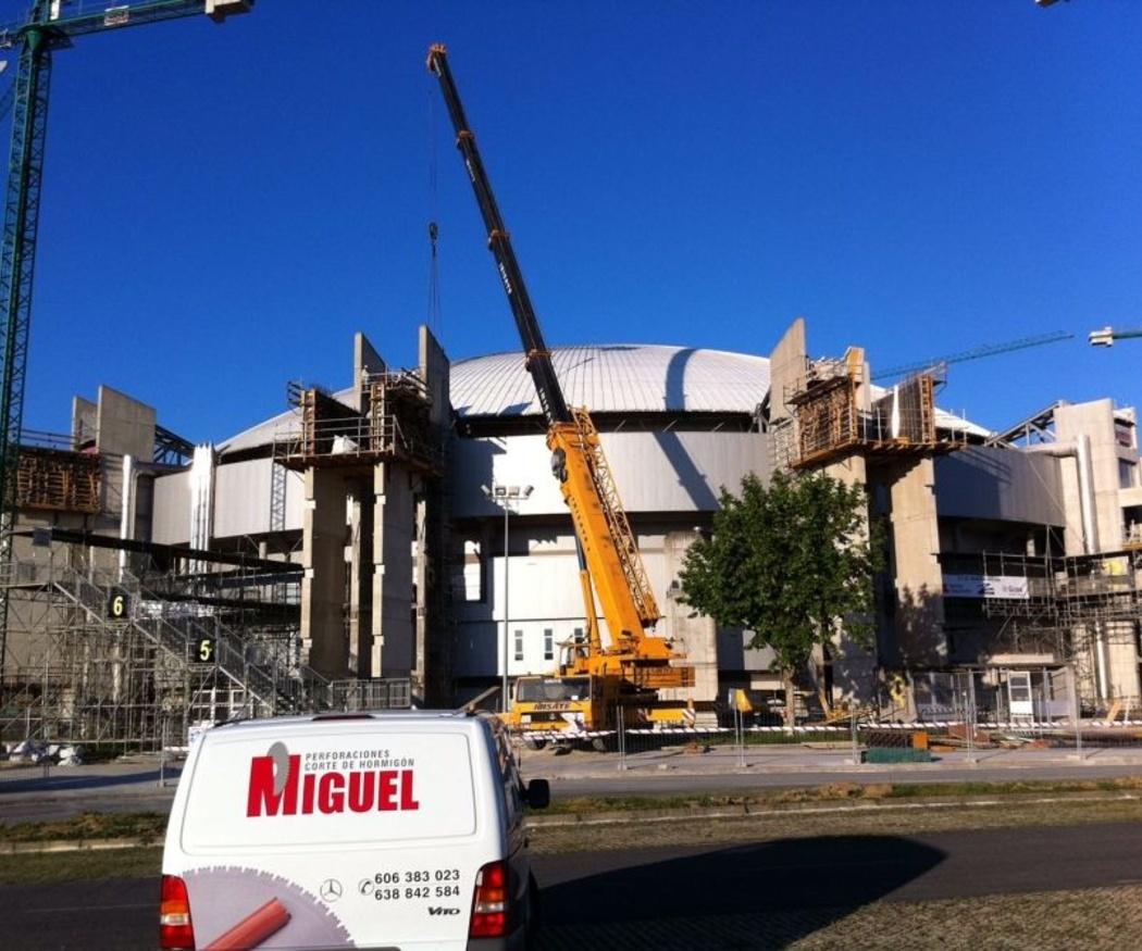La cúpula del campo de baloncesto de Vitoria