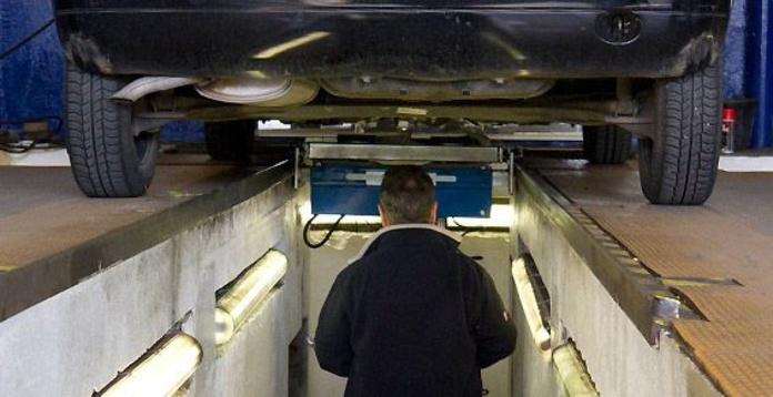 Servicio ITV: Servicios mecánicos de Talleres Asla