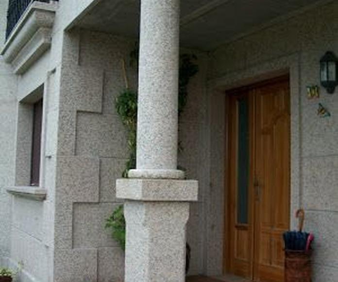 Fabricación de columnas en piedra natural