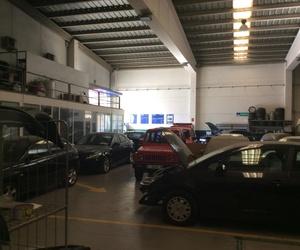 Grúas para vehículos en Torrefarrera | Grúas i Talleres Ferma