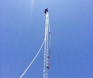 Montaje de torres de telecomunicaciones