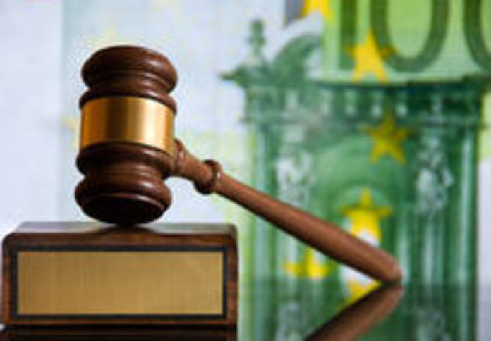 La justicia europea obliga a la banca a devolver todo lo cobrado por 'cláusulas suelo'.