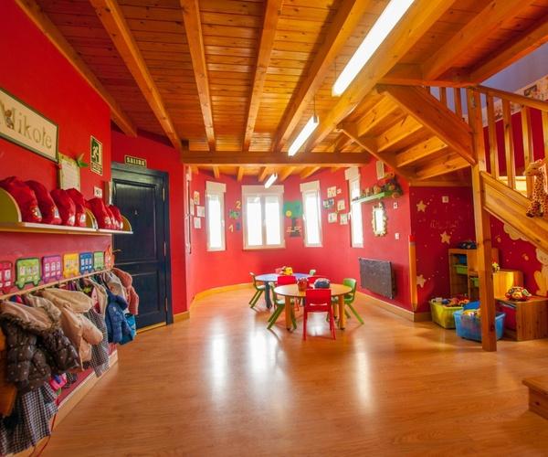 Centro de educación infantil en Camargo