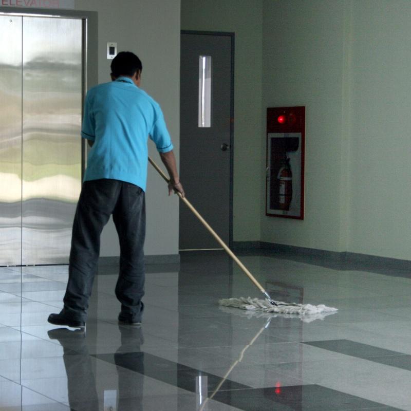 Limpieza de locales comerciales: Servicios de Briservice
