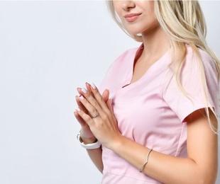 4 claves para elegir un uniforme para el sector estético o sanitario