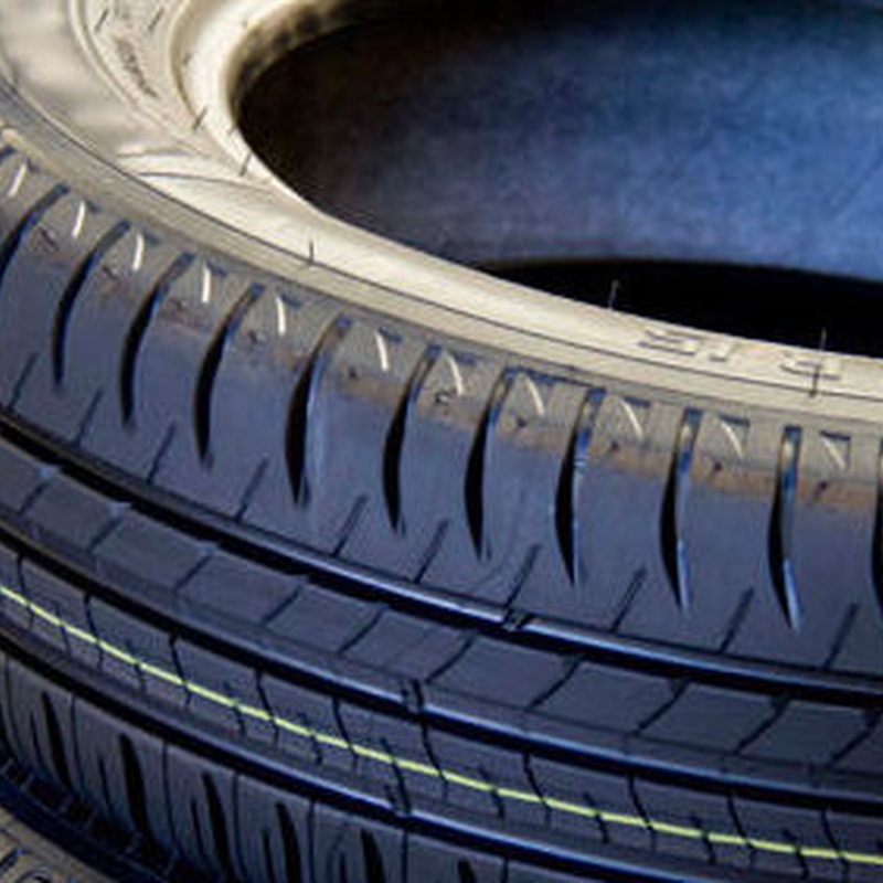 Neumáticos: Servicios de Solid Garage