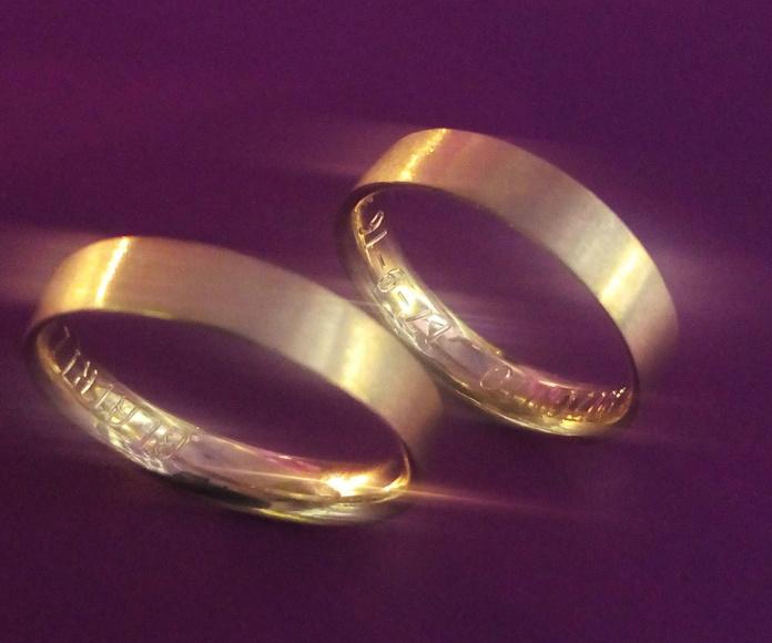 Fabricación de alianzas de boda