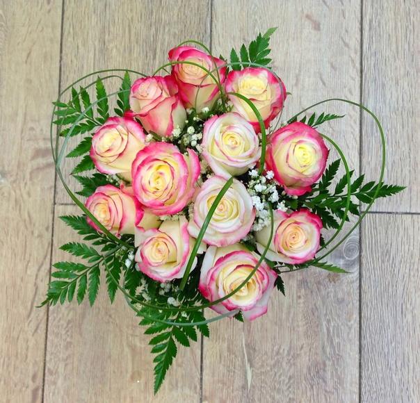 Buquet de rosas:  de Floristería Contreras
