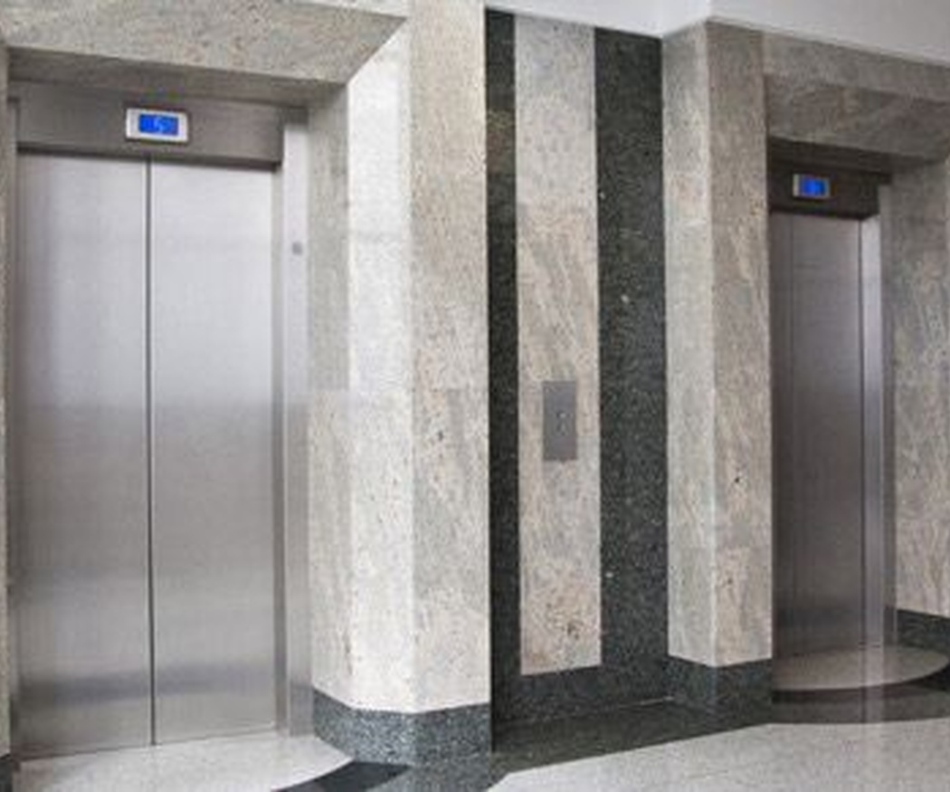 ¿Quiénes deben pagar la instalación de un ascensor?