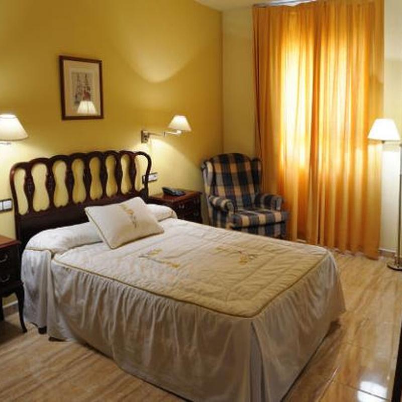 Tipos y precios: Instalaciones y Servicios  of Restaurante - Hotel  de Carretera El Oasis**