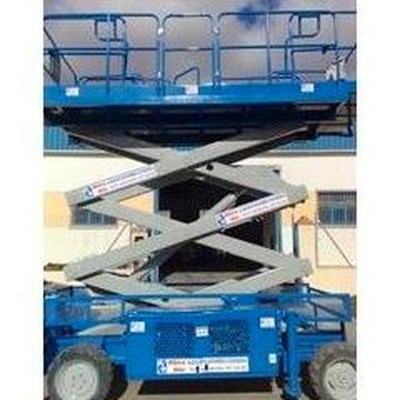 Tijera Diesel UP RIGHT: Maquinaria alquiler y venta de Alkira Alor