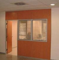 Divisores de oficina: Catálogo de Carpintería de Aluminio Hermanos Almansa, S.L.