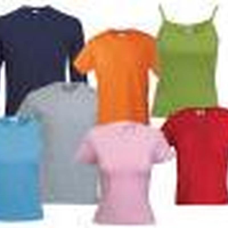 Camisetas, sudaderas, pañuelos, etc..