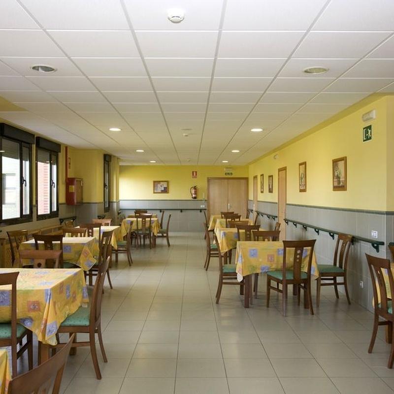 Servicio de comedor: SERVICIOS de Vital Centro Tercera Edad