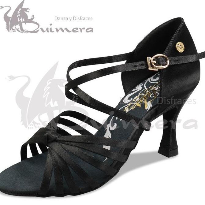 Consejos para cuidar tus zapatos de bailes latinos y de salón