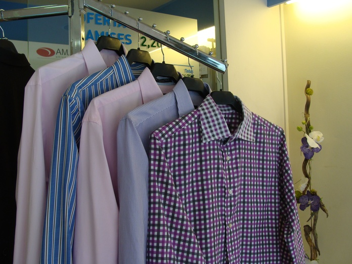 Lavado y planchado de camisas