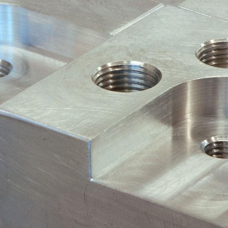 Mecanizado de piezas: Servicios de Taller Burdingai, S.L.