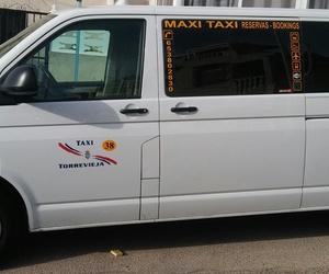 Taxi con ochos plazas