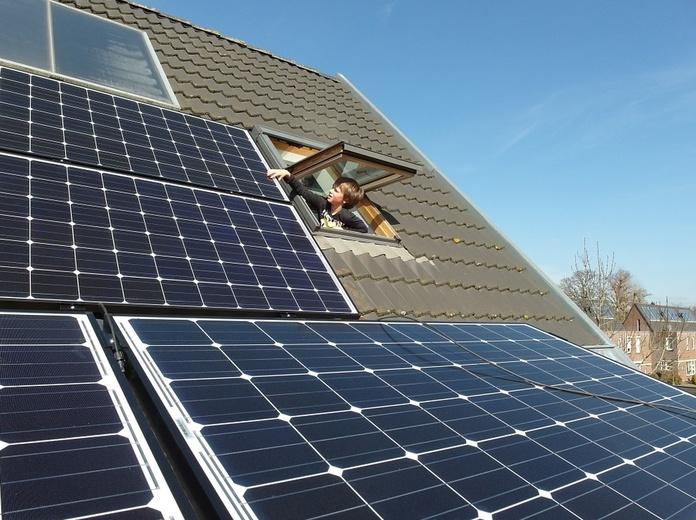 Instalación de placas solares en Almería