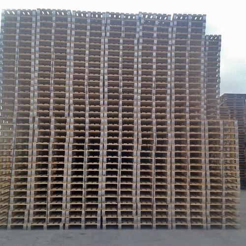 Palets de madera reciclados en Valencia