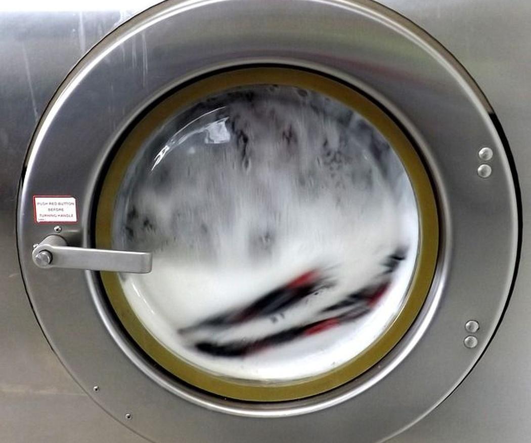 ¿A qué temperatura es mejor lavar la ropa?