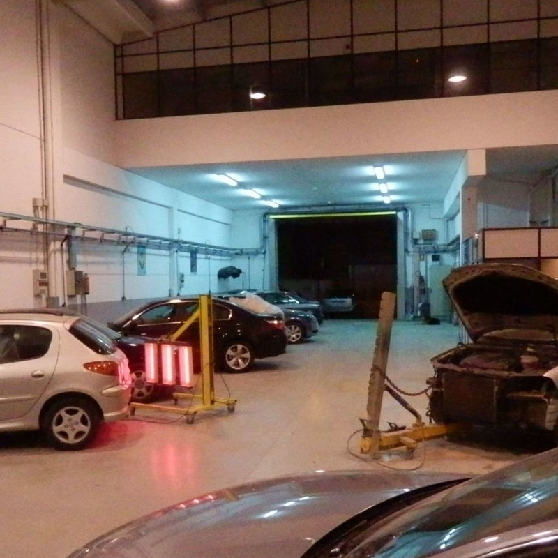 Reparación rápida de cohces: Servicios de Taller Plancha y Pintura Rafael Gascón