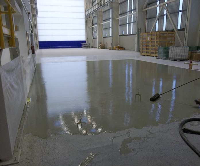 Pavimentos cementosos autonivelantes.Munguía (Bizcaya)