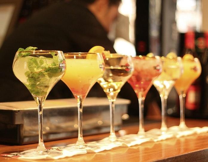 Cocktails: Carta de Pizzería Heladería El Paseo