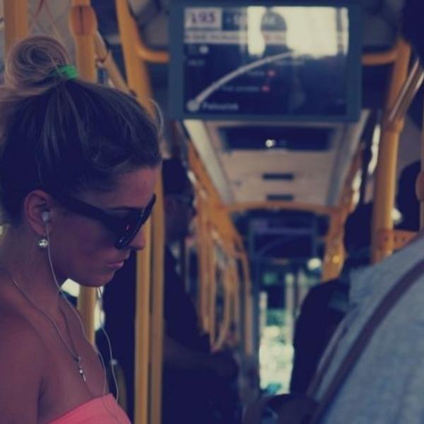 No te marees en el autobús