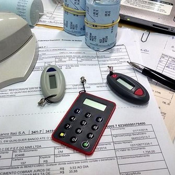 ¿Cómo podemos ahorrar papel en la oficina?