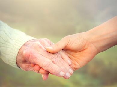 Interna para cuidado de persona mayor