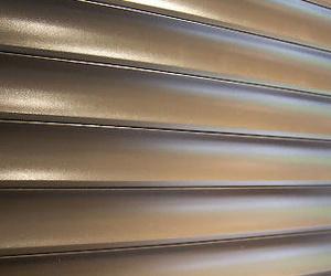 Fabricación y montaje de persianas de aluminio en Vallecas (Madrid)