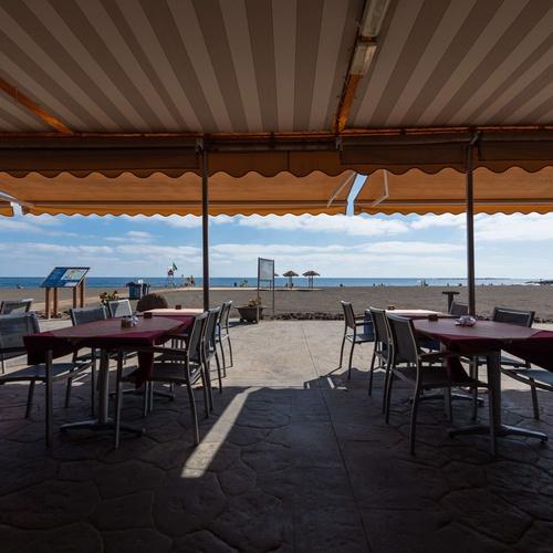Restaurante con vistas al mar en Telde