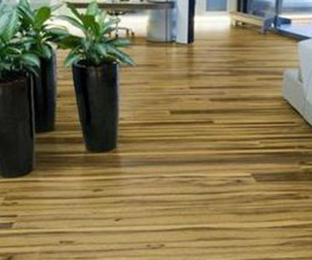 Cómo limpiar los suelos de madera