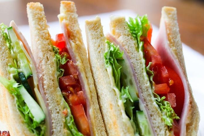 Sándwiches: Tapas y comida casera de Mesón Los Soportales