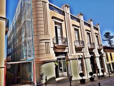 Andamio tubular de fachada en el casco histórico de La Orotava