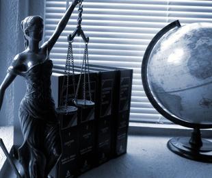 ¿Cómo puede ayudarme un abogado civil?