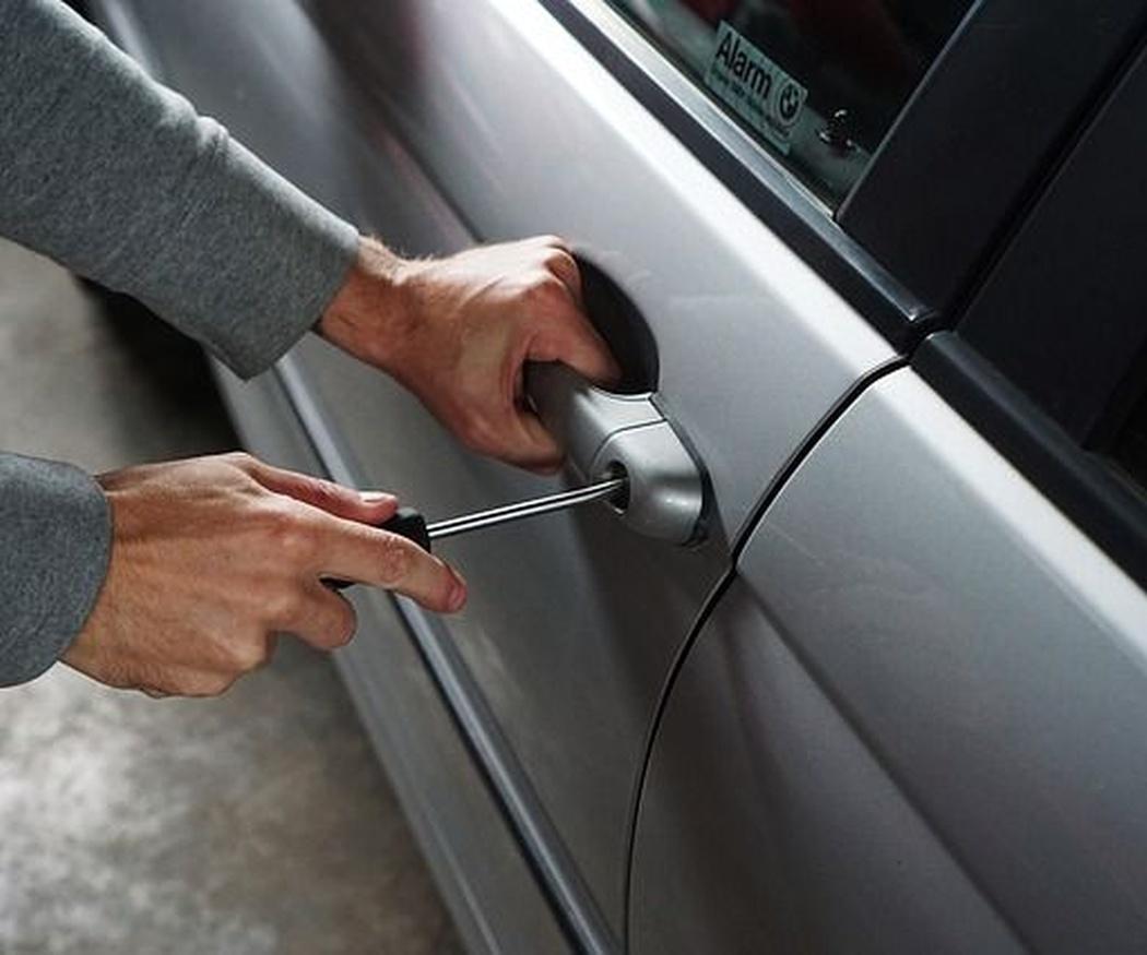 Trucos para evitar que te roben el coche