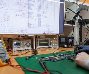 Reparación de aparatos de electrónica