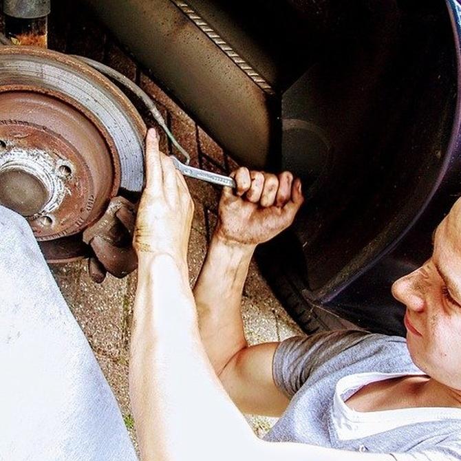 ¿Por qué son tan importantes las revisiones periódicas de tu coche?