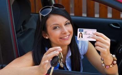 Aplicaciones que pueden ayudarte a estudiar para el examen teórico del Carnet de conducir.