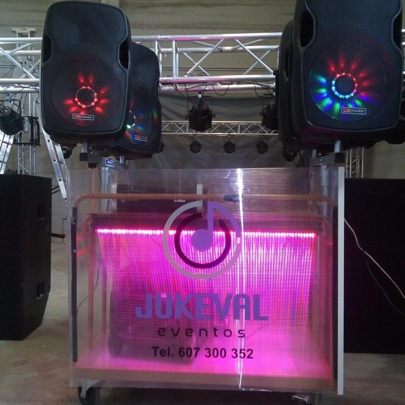 móvil musical: Nuestros servicios de Jukeval Eventos