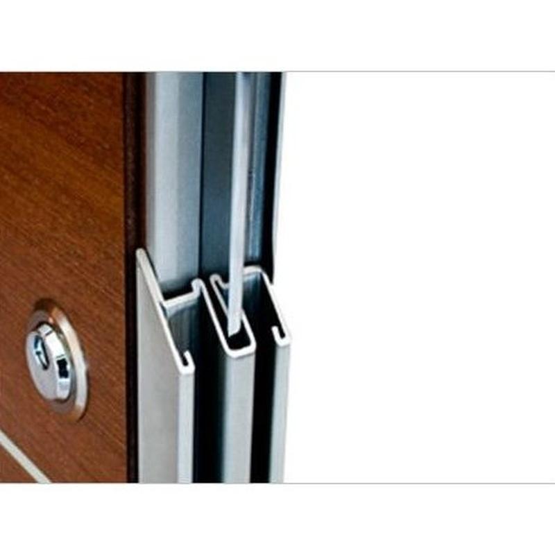 Puertas de seguridad: Nuestros servicios de El Corte Maderero