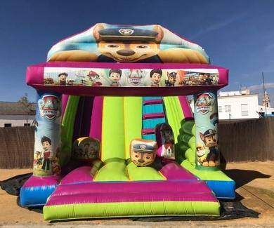 Parque Infantil Con Castillo Hinchable