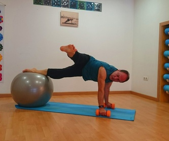 Yoga Terapéutico. : Actividades de Hanuman-Yoga Estudio