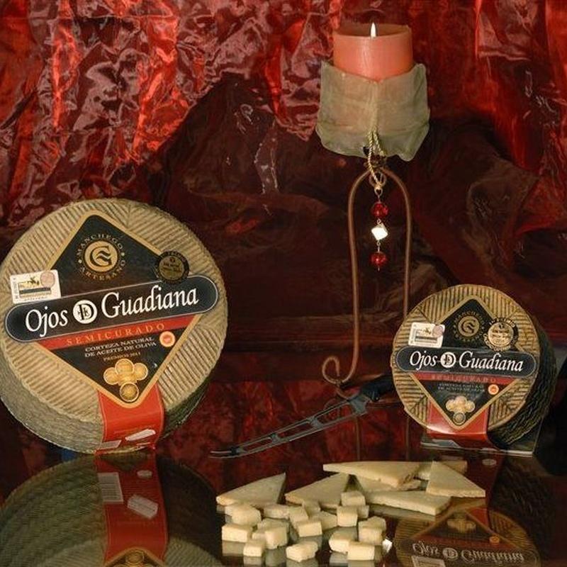 Queso Ojos del Guadiana D.O. Manchego:  de Sergivan-Mar