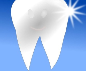 Estética dental: Tratamientos y personal  de Clínica Dental Molí